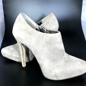 Sam Edelman suede grey ankle boot heels size 7.5